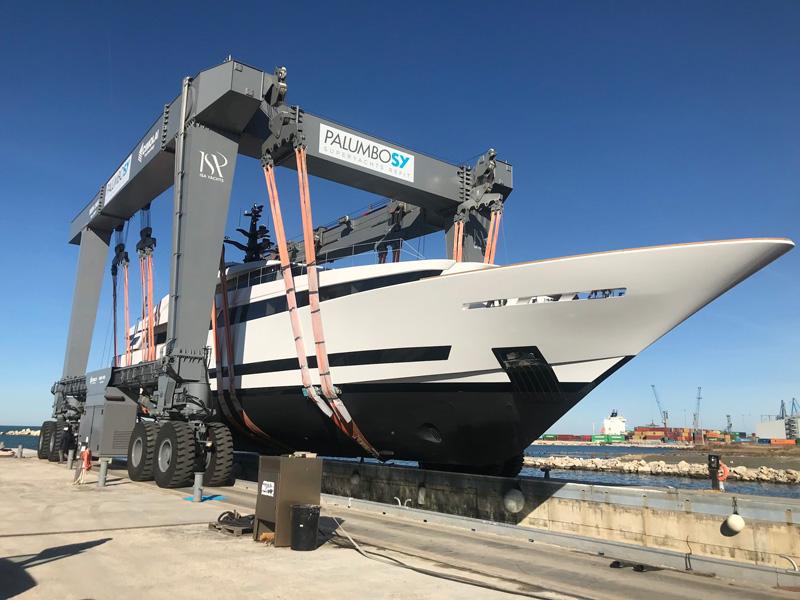 ISA Yachts Agora III