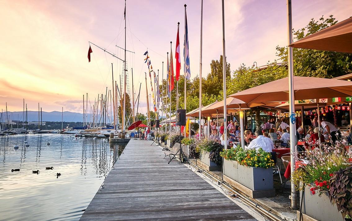 На главном озере Швейцарии