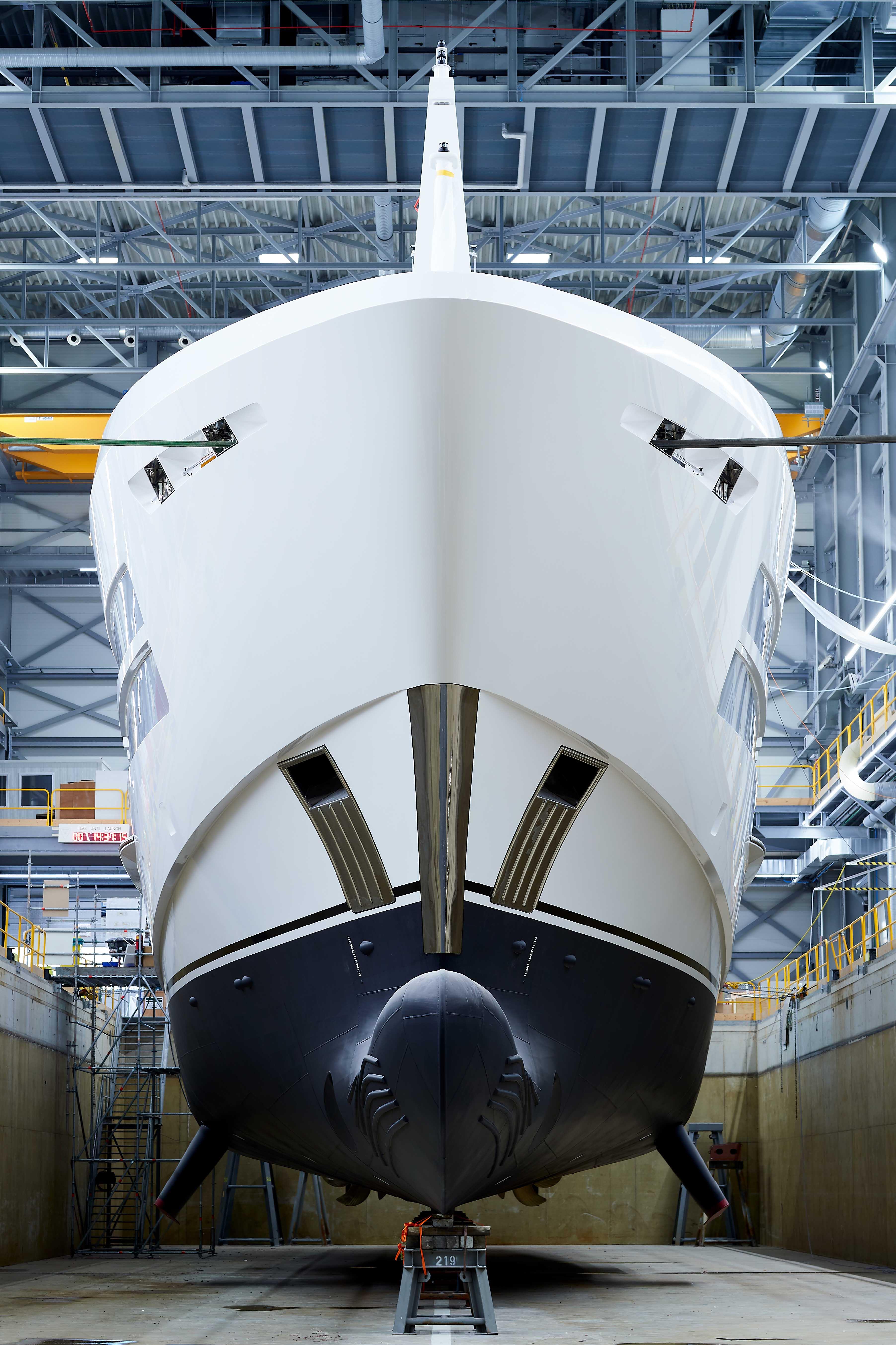 Heesen Project Castor готовится к морским испытаниям