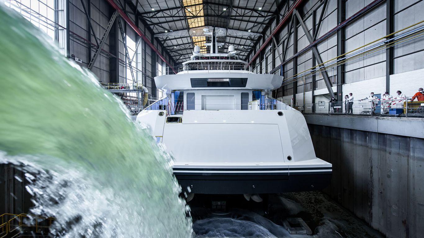 Amels 78 готовится к морским испытаниям